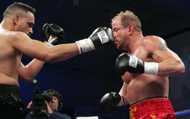 Tommy Morrison vs. John Castle / zdroj foto: www.boxingscene.com