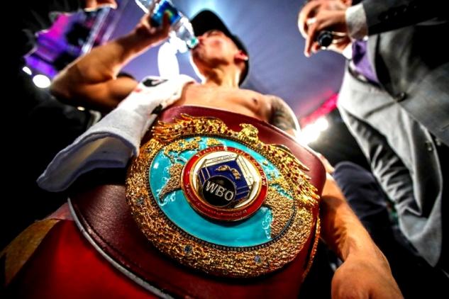 Valdez vs. Quigg / zdroj foto: Boxingscene.com